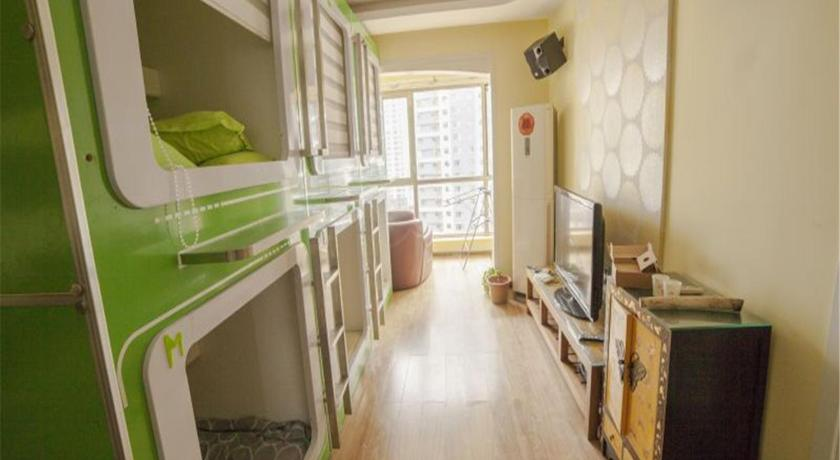 Best time to travel China Backpack ten years youth hotel