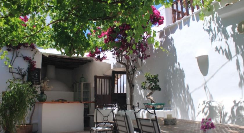 Best time to travel Ibiza Agroturismo Can Pardal