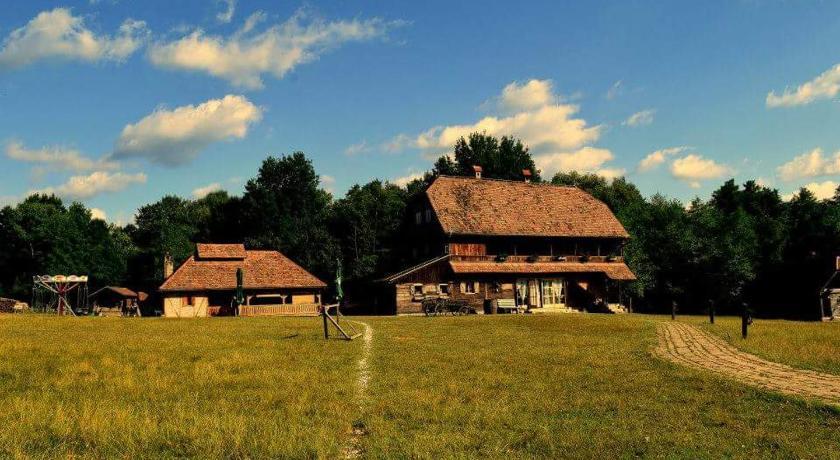 Best time to travel Sisak Korablja Tisinic