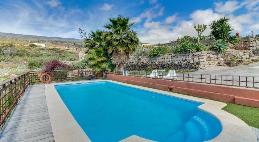 Best time to travel Candelaria Villa Bayón