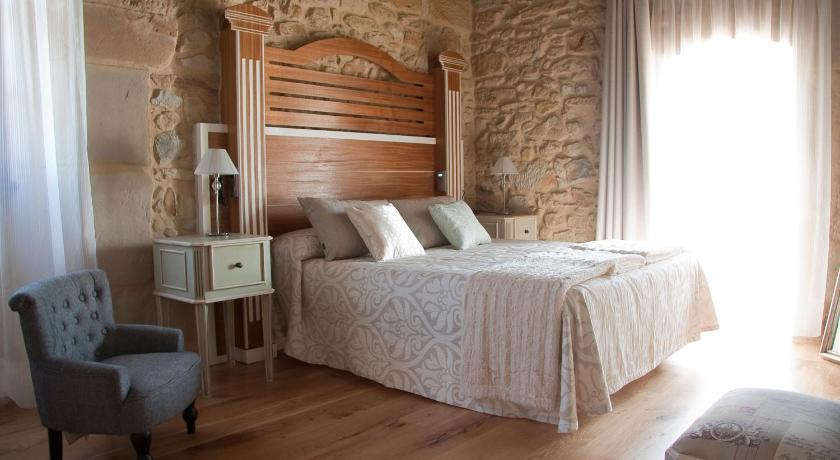 Best time to travel Bilbao Posada La Torre de los Isla & Spa