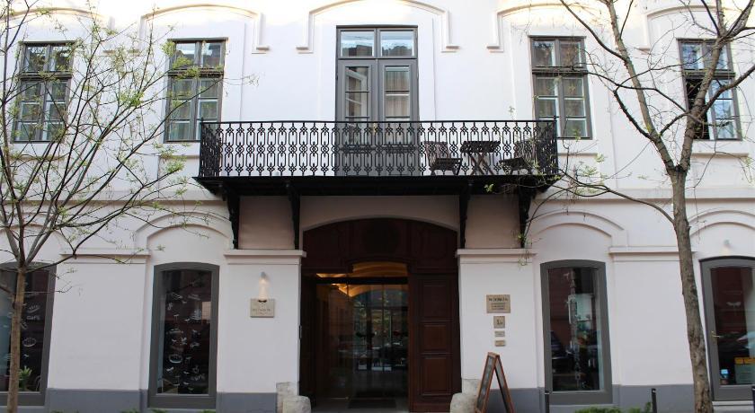 Best time to travel Szeged Tiszavirág Szeged