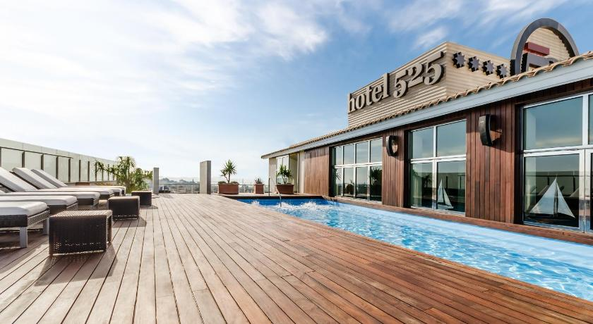 Best time to travel Alicante Hotel 525