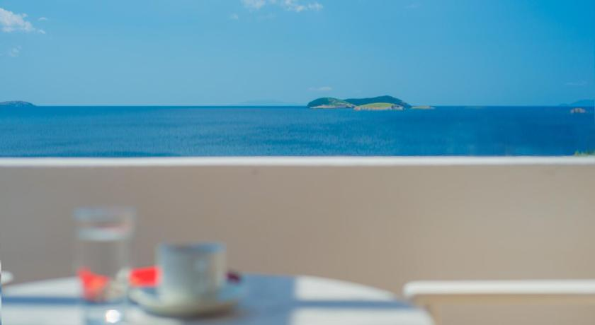 Best time to travel Greece Ostria Hotel & Apartments