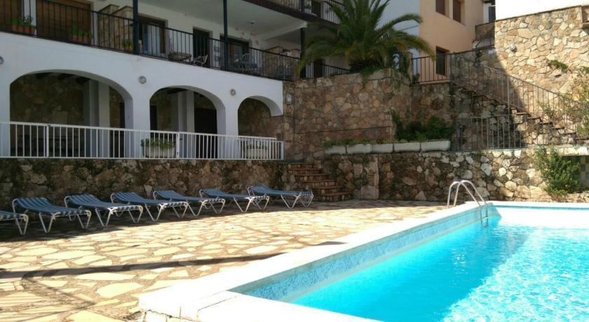 Best time to travel Costa Brava Apartamento Miramar