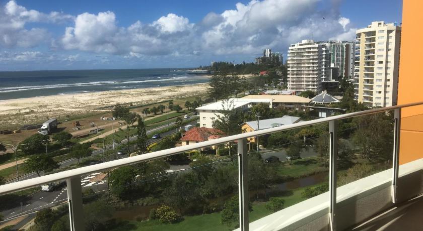Kirra Surf Apartments 2 Creek Street Gold Coast