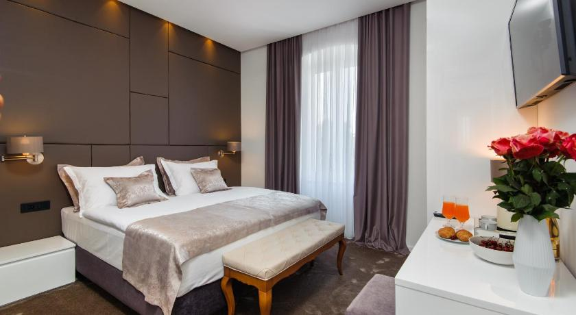 Best time to travel Croatia Dream Luxury Rooms
