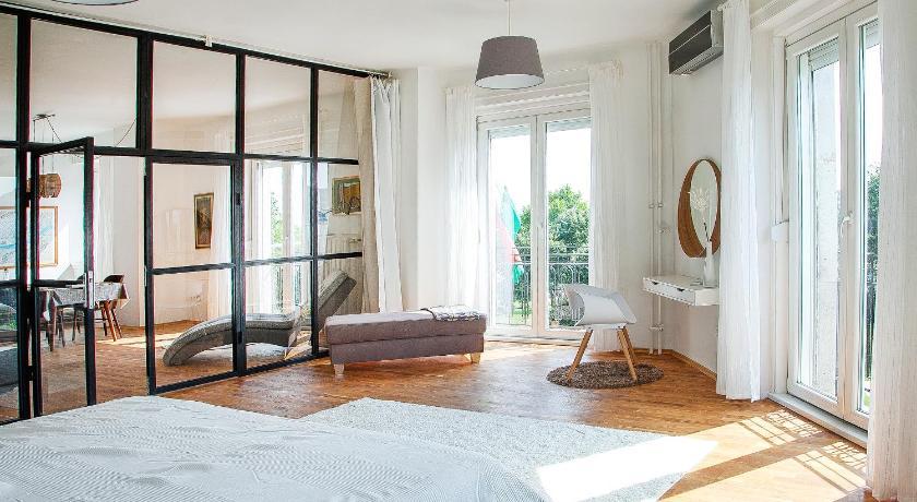 Best time to travel Budapest VIII. kerület Riverside Panorama Apartment