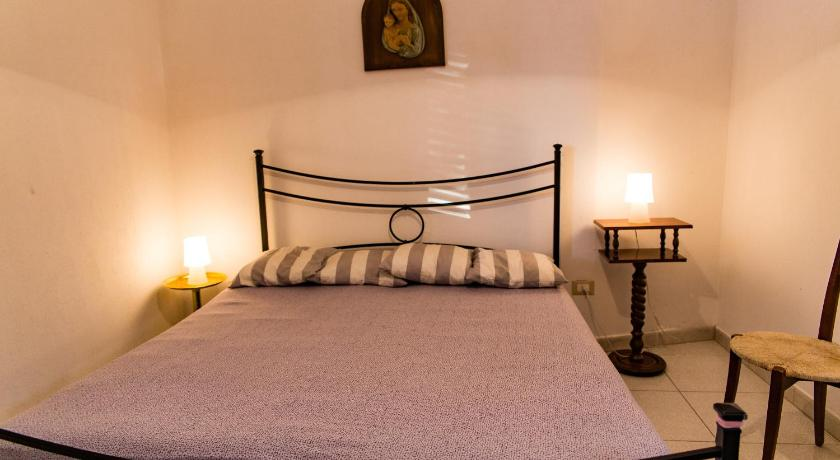 Double Room with Private Bathroom Ostuni Flats Campagna