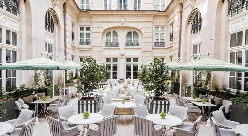 Best time to travel Paris Hotel de Crillon