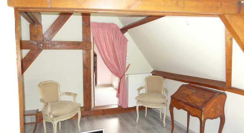Best time to travel Charleroi Le chateau des eglantines