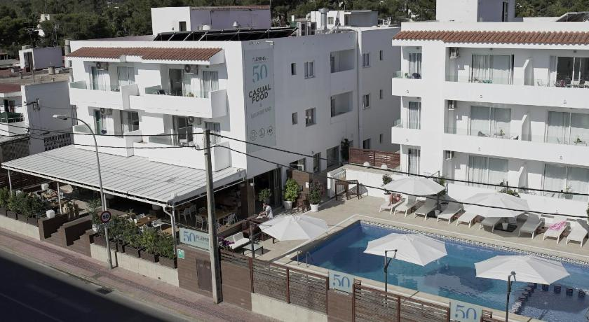 Best time to travel Ibiza Aparthotel Fleming 50 - Adults Only