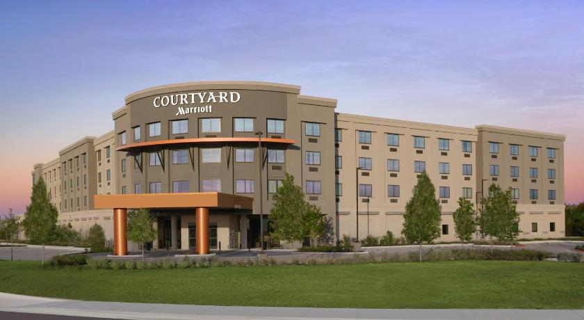 Click To See More Photos Of Courtyard By Marriott Austin Pflugerville