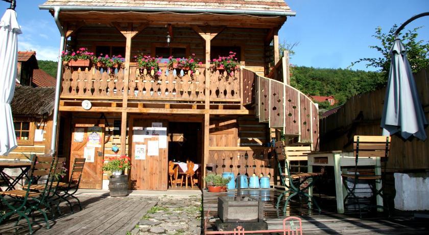 Best time to travel Banská Bystrica Penzión Starý Hostinec