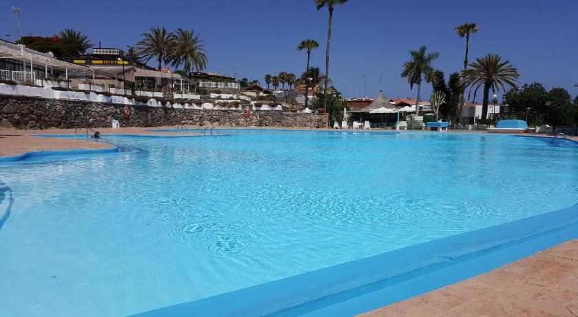 Best time to travel Spain Chalet Club Camping Pasito Blanco