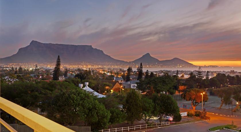 Dating sites arvostelua Etelä-Afrikka