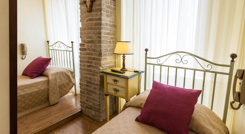 Hotel Lieto Soggiorno in Assisi - Room Deals, Photos & Reviews