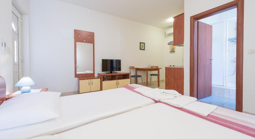 Deluxe Studio Apartment (2 Adults) Villa Borna Apartments