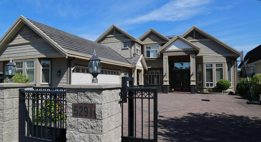 Best time to travel Vancouver Alibaba's House