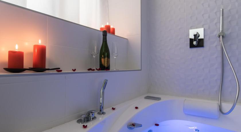 Luxury Studio Spa Lyon Centre France 2020 Reviews Pictures