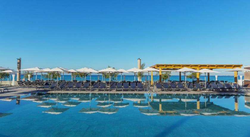 Best time to travel Majorca Aparthotel Fontanellas Playa