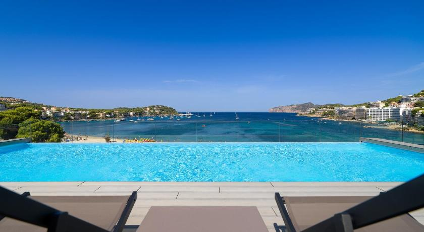 Best time to travel Spain H10 Casa del Mar