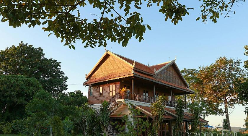 Best time to travel Cambodia Green Plateau Lodge