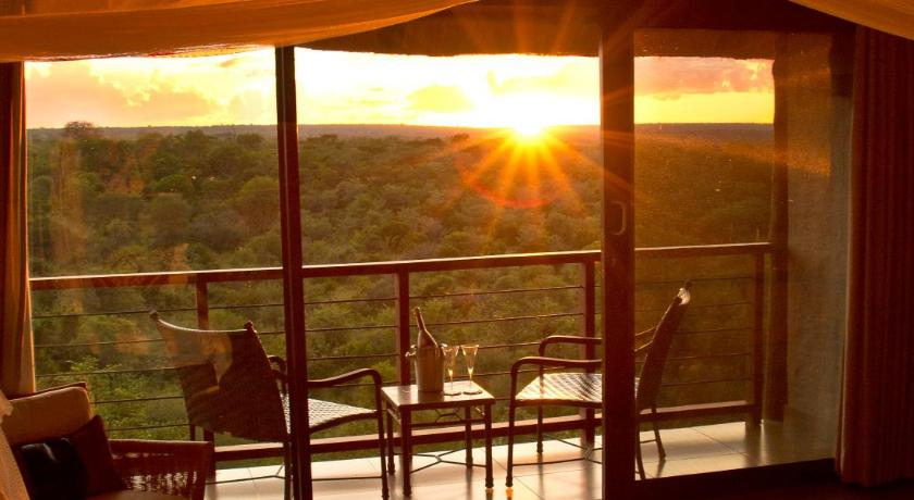Best time to travel Victoria Falls Victoria Falls Safari Club