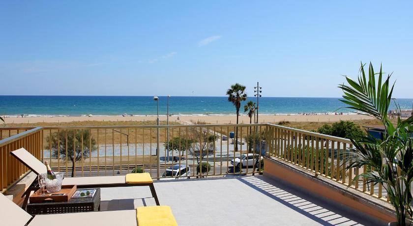 Best time to travel L'Hospitalet de Llobregat Aparthotel Solifemar
