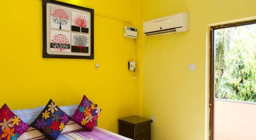 Все фотографии: 33 2-BR apartment in Candolim, Goa, by GuestHouser 2580