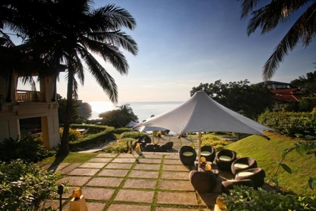 Best time to travel Philippines Club Punta Fuego