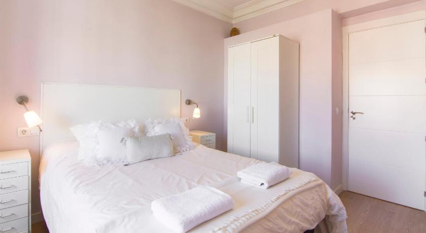 Atico Atocha Terraza Prices Photos Reviews Address Spain