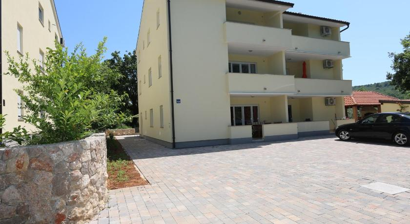 Apartments in Silo/Insel Krk 13455