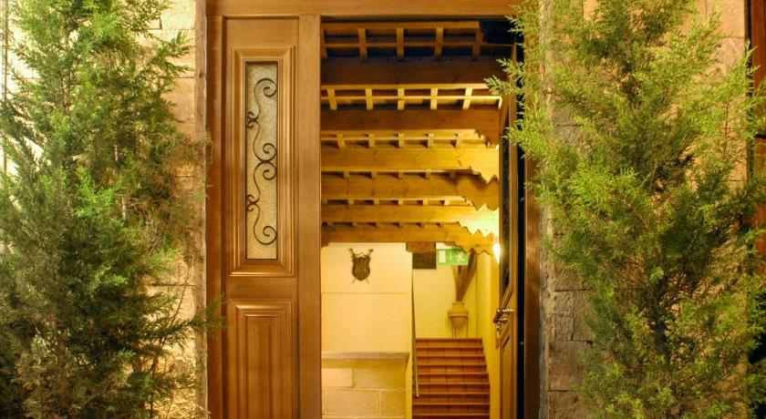 Best time to travel Greece Domus Hotel