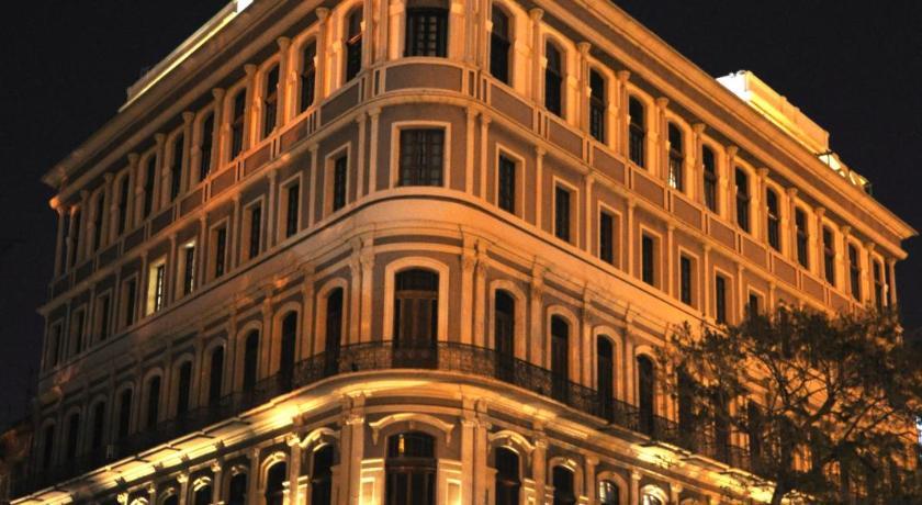 Best time to travel Centro Habana Hotel Saratoga