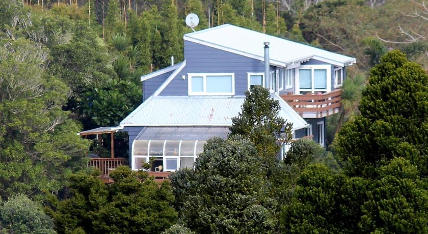Best time to travel North Shore Fernglen B&B