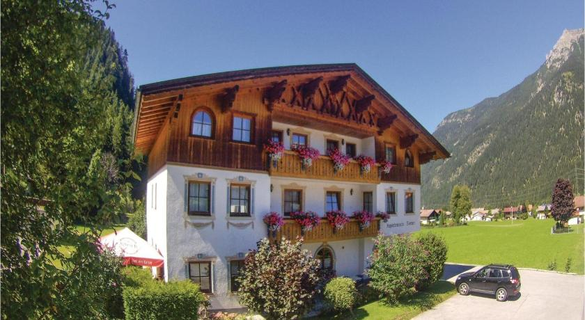 Best time to travel Austria Apartment Siedlung III