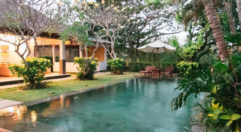 Best time to travel Indonesia Sekar Nusa Villas