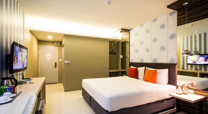 46edf564bd9 Best time to travel Thailand PM Residence