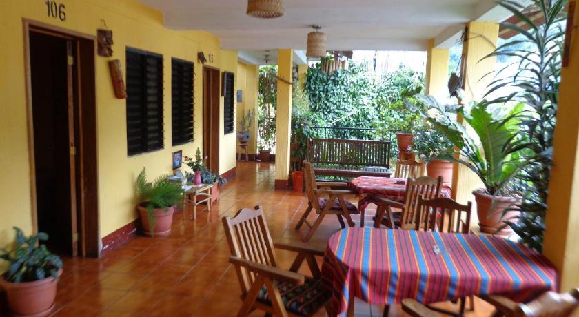 Best time to travel Guatemala Hotel Encuentro del Viajero