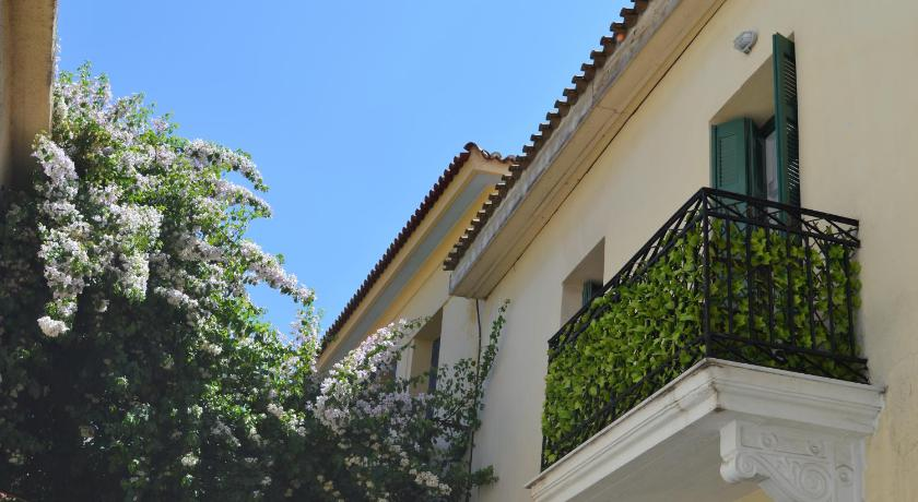Best time to travel Athens Athenian House in Plaka