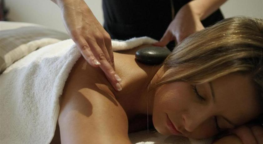 More about Couples Massage Retreat