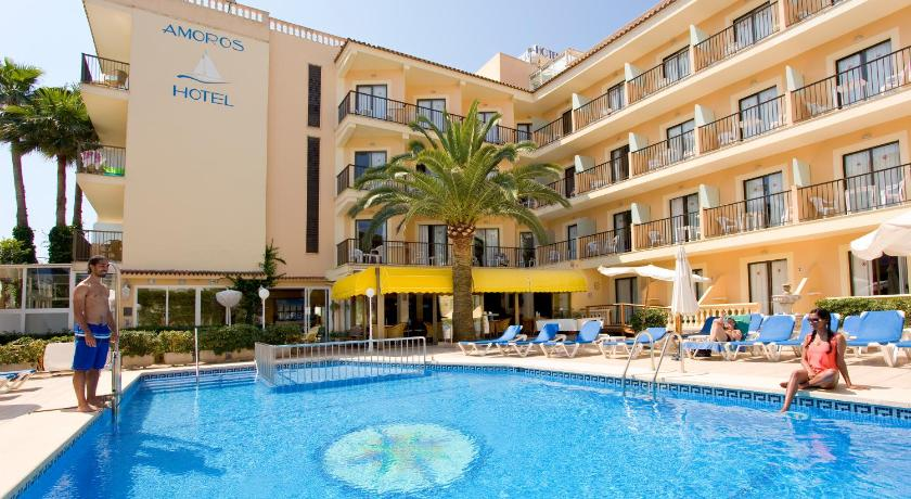 Best time to travel Menorca Hotel Amoros
