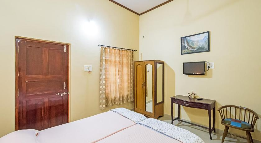 Standard Room Guesthouse near Anjuna Beach, Goa, by GuestHouser 31212