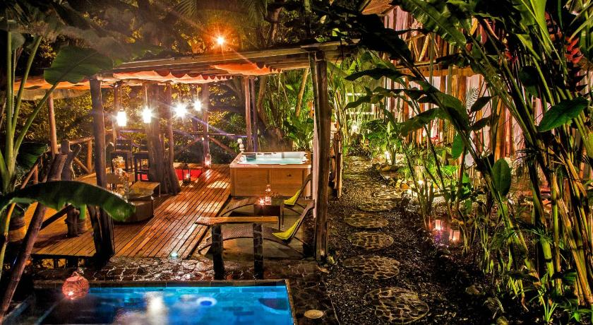 Best time to travel Chacarita Canaima Chill House