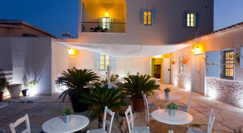 Best time to travel Salamis Shongas Inn