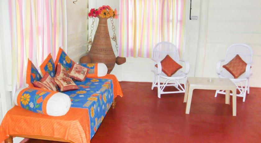 Deluxe Double Room (2 Adults + 1 Child) Cottage room in Kodagu, by GuestHouser 22578