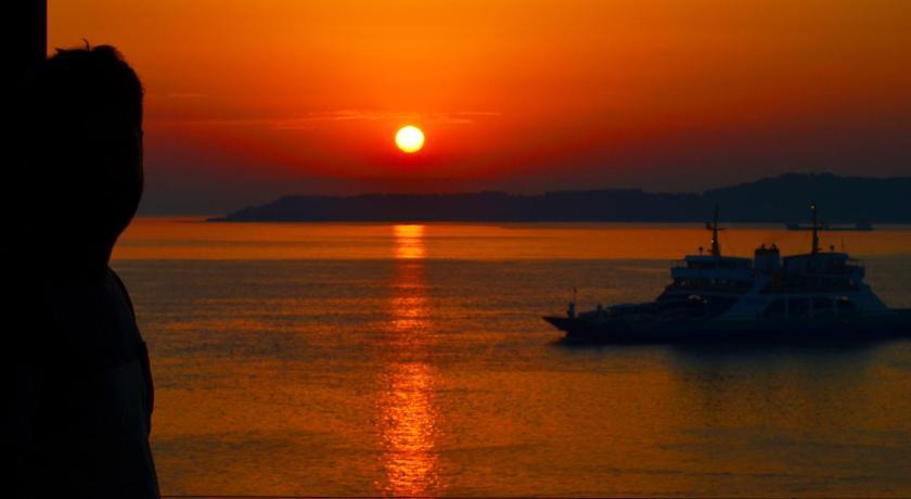 Best time to travel Canakkale Hotel Deniz