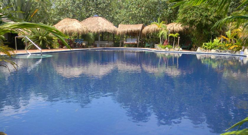 Best time to travel Cambodia Oasis Resort
