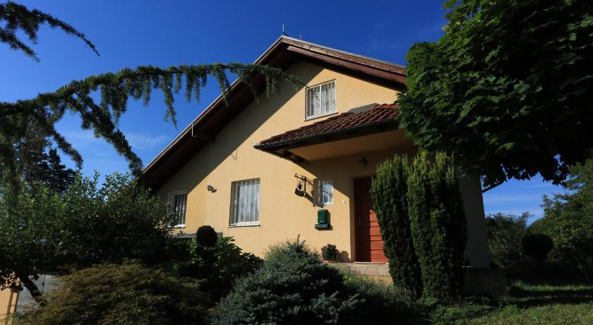 Best time to travel Čakovec Holiday Home Primrose